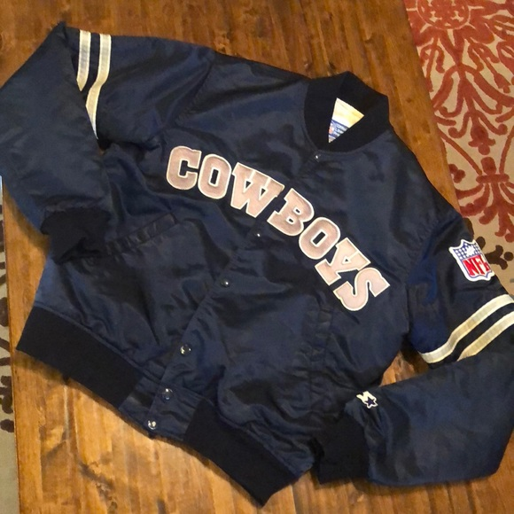 the latest 71bf5 f228c Vintage Dallas Cowboys Starter bomber jacket